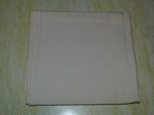 image Lot de 12 serviettes blanches