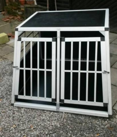 cage de transport pour deux grands chiens transport kooi voor twee grote honden accessoires. Black Bedroom Furniture Sets. Home Design Ideas