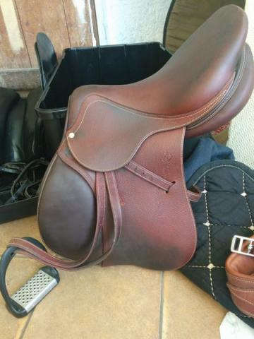 image Selle dressage ANTARES CSO/mixte 17.5