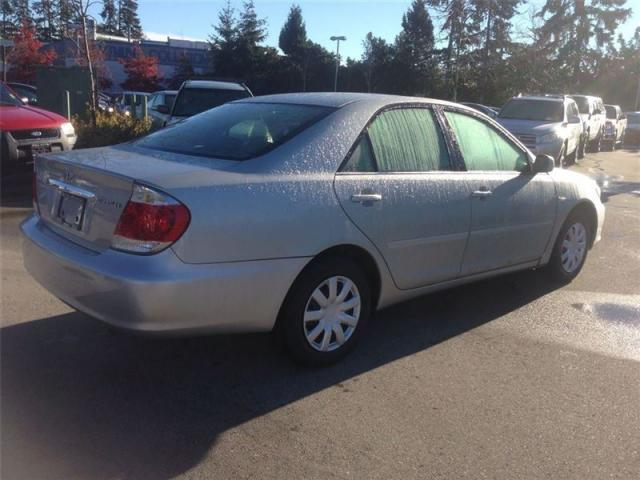 image Toyota Camry LE